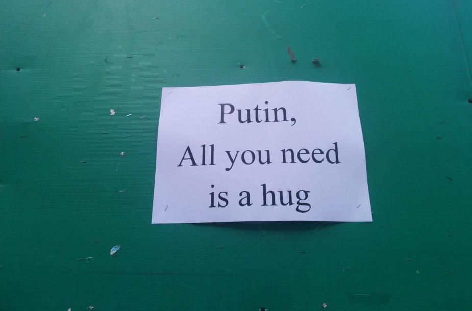 Gatvės poezija apie Putiną