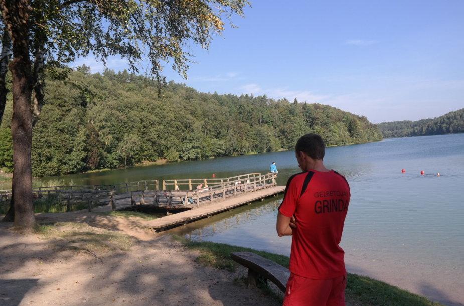 Gelbėtojas prie Žaliųjų ežerų