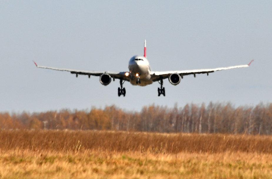 """Aviakompanijos """"Nordwind"""" lėktuvas"""