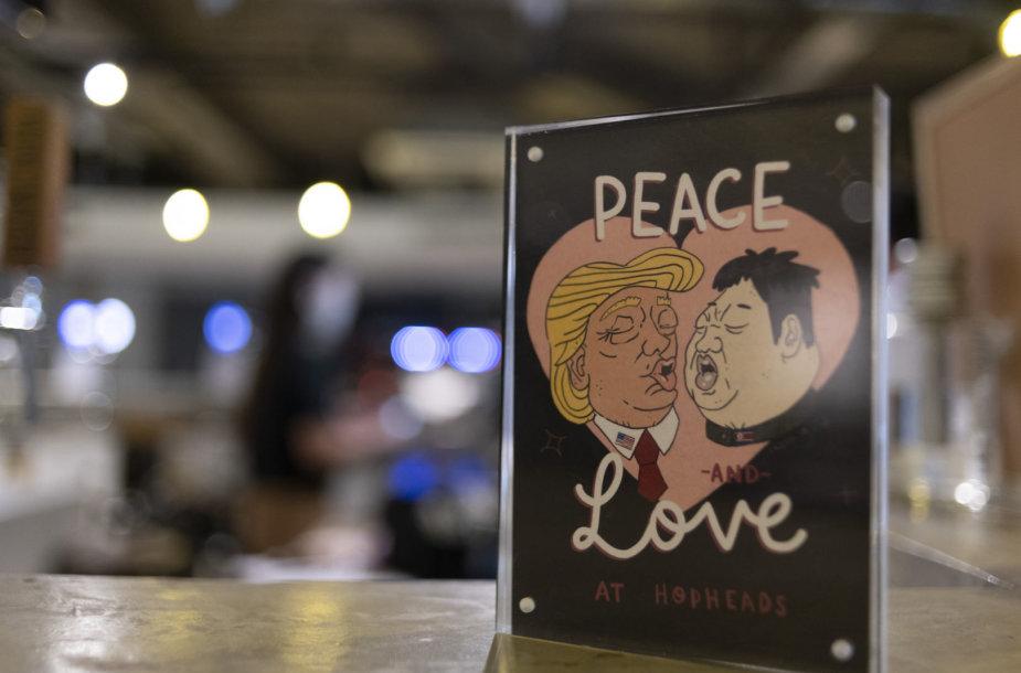 Singapūre ruošiamasi D.Trumpo ir Kim Jong Uno susitikimui