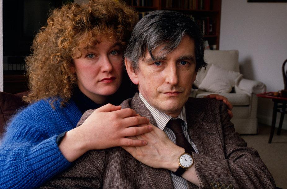 Clive'as Wearingas su žmona