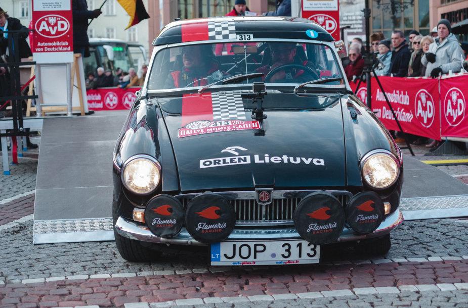 """Rallye Monte-Carlo Historique"" starto podiumas"
