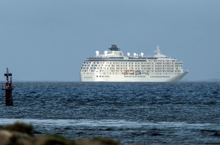 """Artania"" laivas Frimantlo uoste"