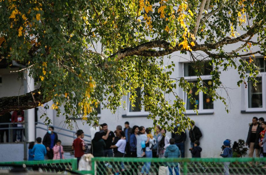 Migrantų vaikai bus mokomi pabėgėlių centre