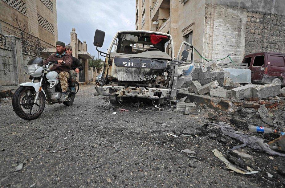 Per Izraelio smūgius Sirijoje žuvo 23 žmonės