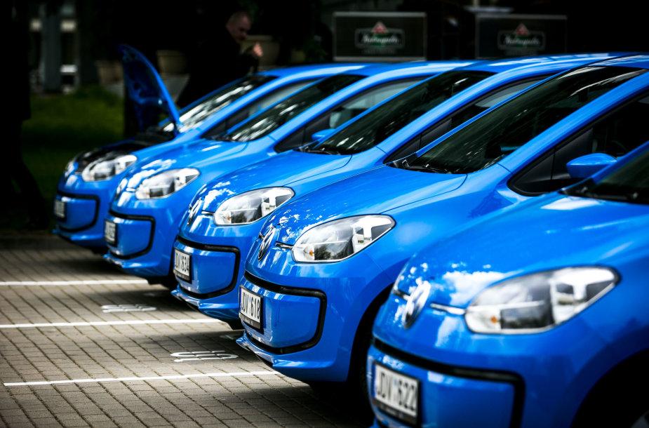 """""""Spark""""- elektromobilių dalijimosi paslaugos pristatymas"""