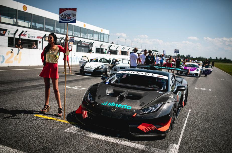 Sim Racer pasirodymas Audru trasoje Estijoje