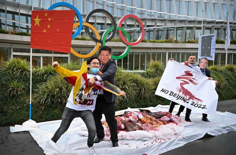 Iki Pekino olimpinių žaidynių likus metams, girdisi raginimai boikotuoti renginį.