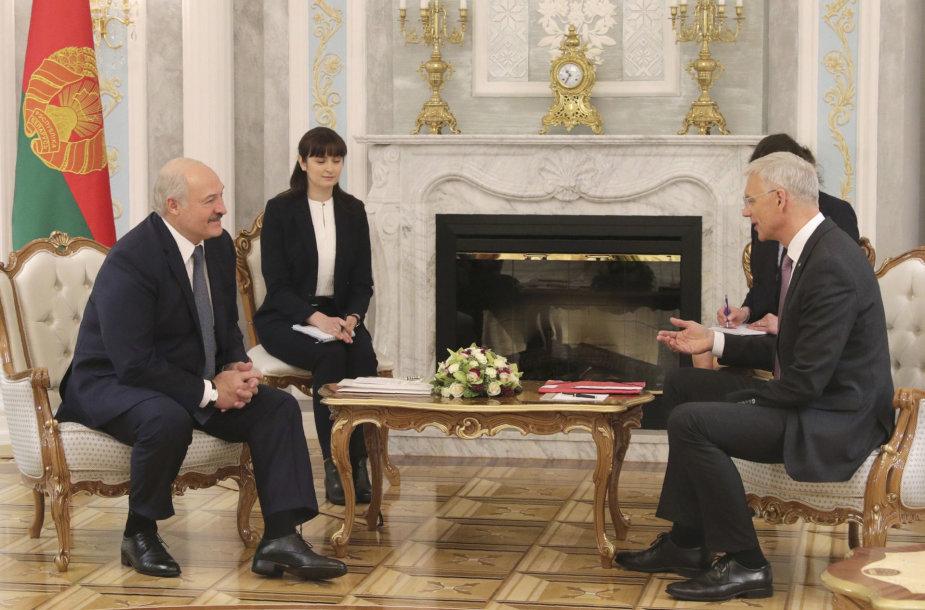 Aliaksandras Lukašenka ir Krišjanis Karinis