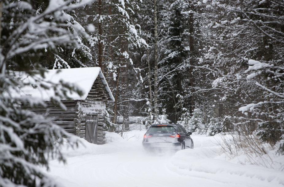 Automobilio priežiūra žiemą
