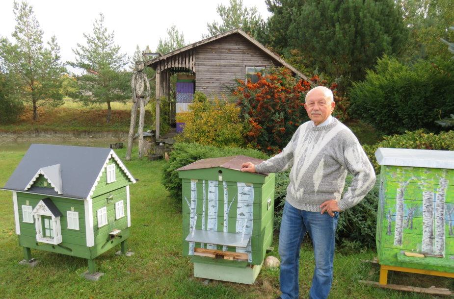Suvalkietis gamina išskirtinius avilius bei kviečia išbandyti bičių terapiją