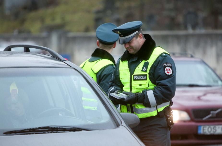 Antikorupcijos dienos proga policija surengė reidą Vilniuje