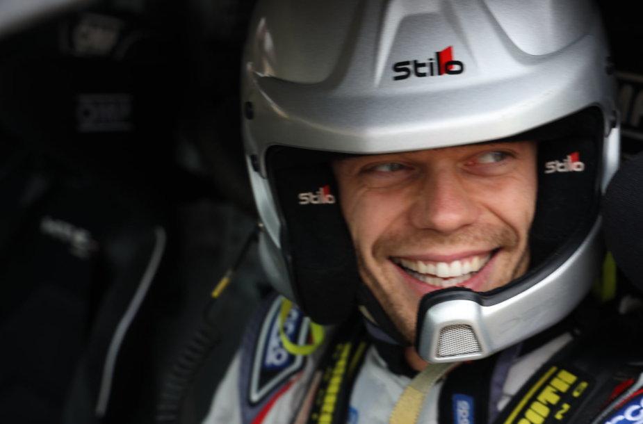 Vaidotas Žala žvyro karjere išbandė savo Dakaro automobilį