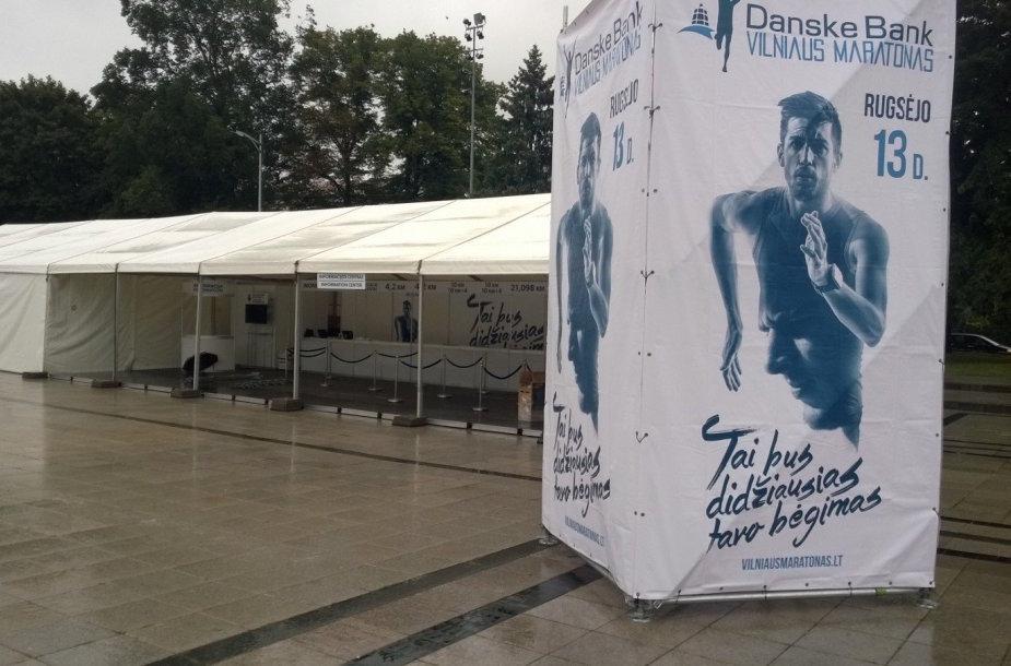 """Danske bank Vilniaus maratono"" informacinis stendas"