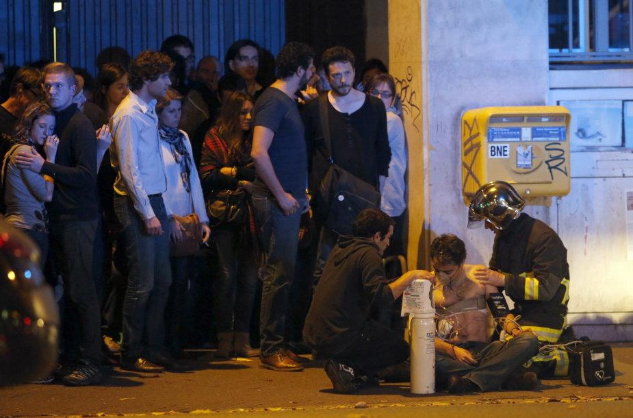 Paryžių sukrėtė teroro išpuoliai
