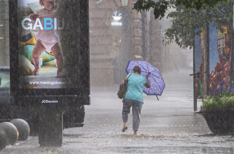 Vilniaus miestą plovė lietus
