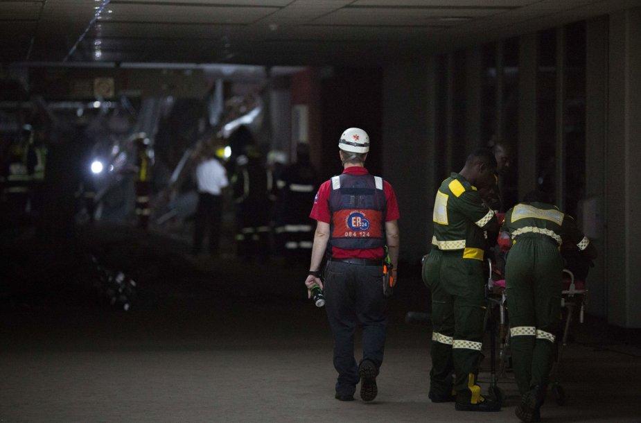 PAR įgriuvo ligoninės stogas