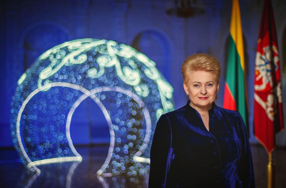 Lietuvos Respublikos Prezidentė Dalia Grybauskaitė sveikina Lietuvą su Naujaisiais metais