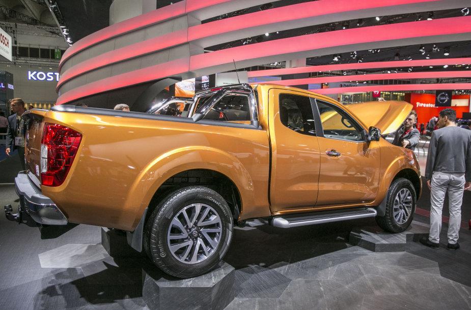 """Nissan"" stendas Frankfurto automobilių parodoje"