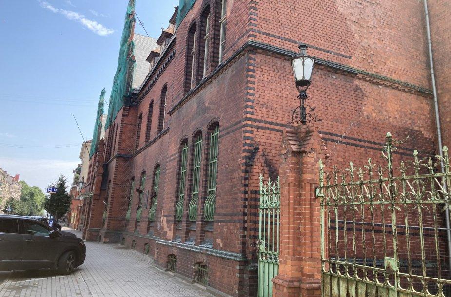 Istorinis Klaipėdos paštas turi šansų atgimimui