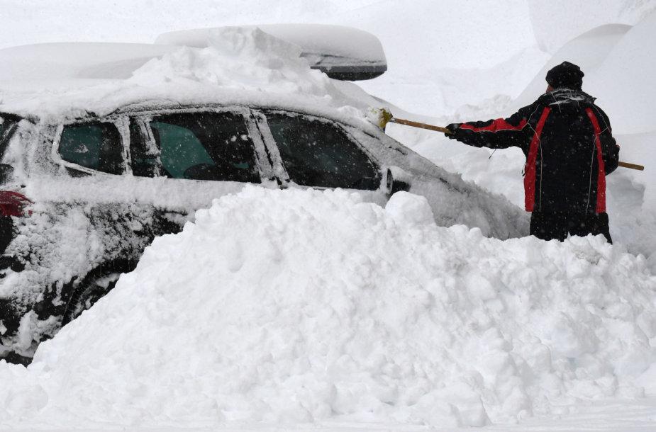 Austrijoje pastarosiomis dienomis iškrito daug sniego