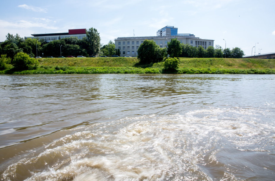 Vilniuje į Nerį plūsta nuotekos
