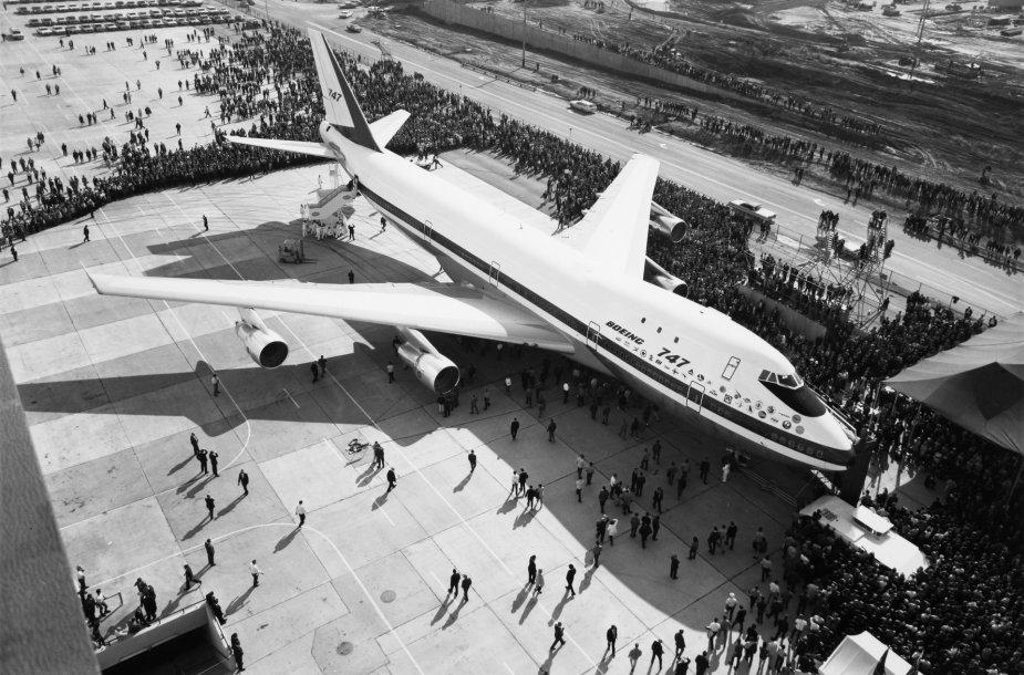 """""""Boeing 747"""" visuomenei pirmą kartą parodytas 1968 metais"""