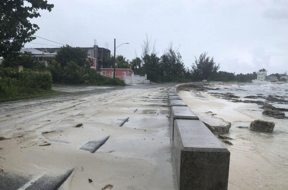 Uraganas Dorian pasiekė Bahamų salas