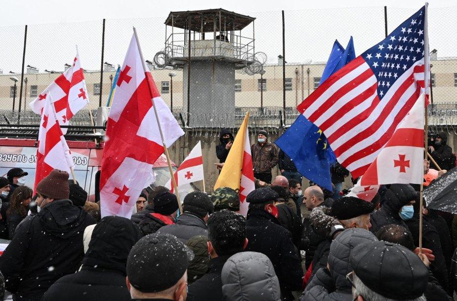 Protestas prie kalėjimo Rustavyje