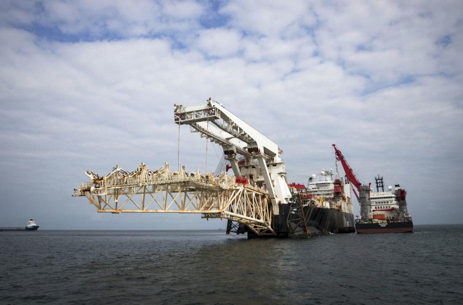 """Baltijos jūroje tiesiamas dujotiekis """"Nord Stream 2"""""""