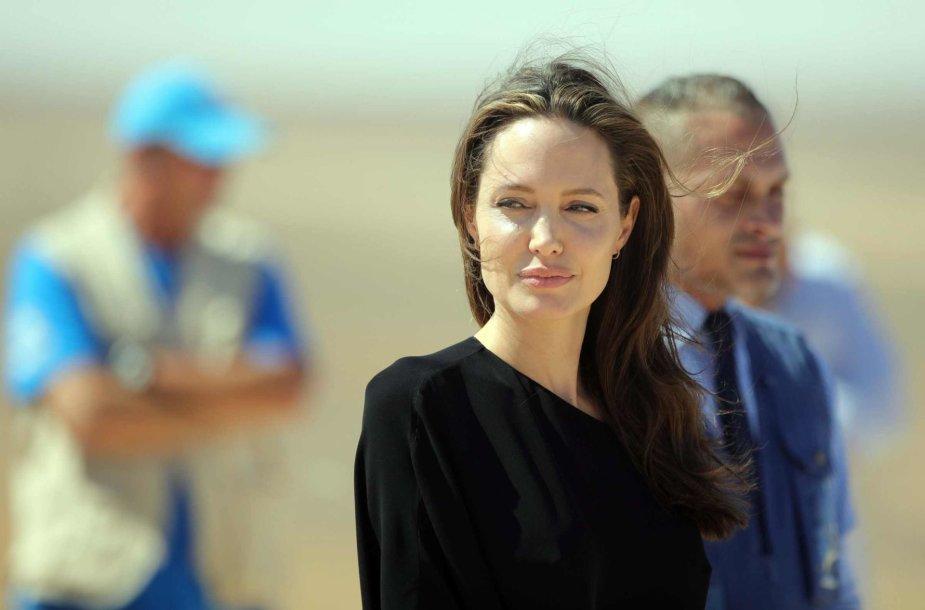 Angelina Jolie pabėgėlių stovykloje Sirijoje