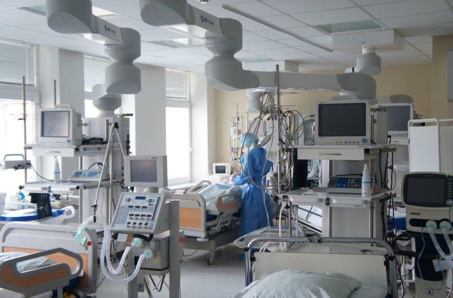 COVID-19 sirgusiems ligoniams – moderniai įrengtos patalpos, šiuolaikiškiausia įranga ir profesionali priežiūra