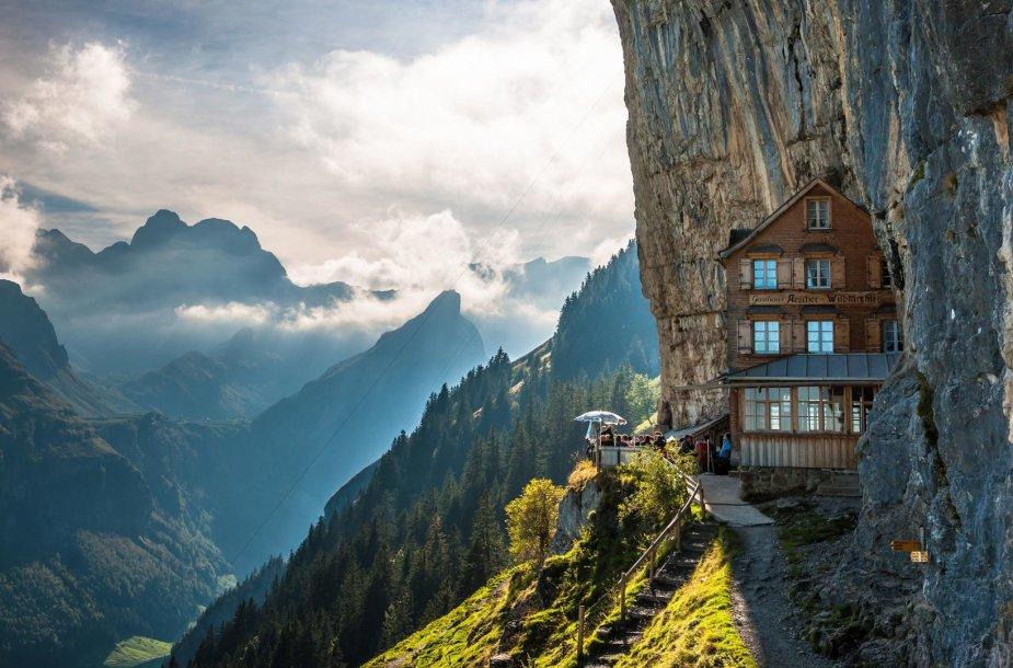 """""""The Äscher"""" restoranas Šveicarijoje"""