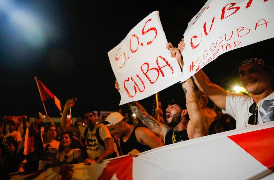 Kuboje vyko reti protestai prieš vyriausybę
