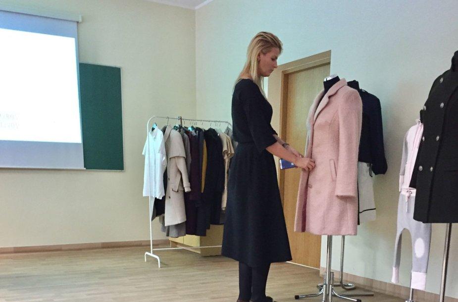 Greta Kildišienė ginasi baigiamąjį darbą Vilniaus kolegijoje