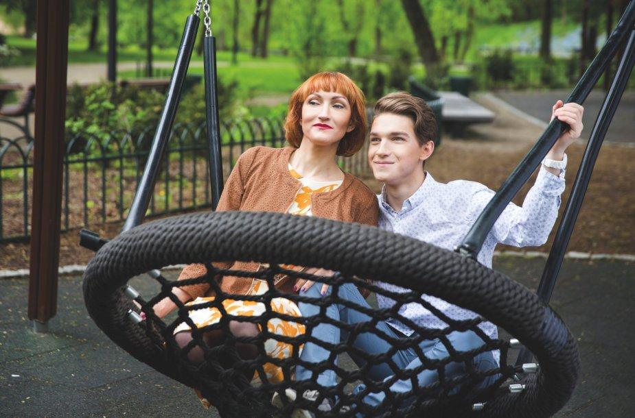 Ilja Aksionovas su savo mama Natalija Aksionova