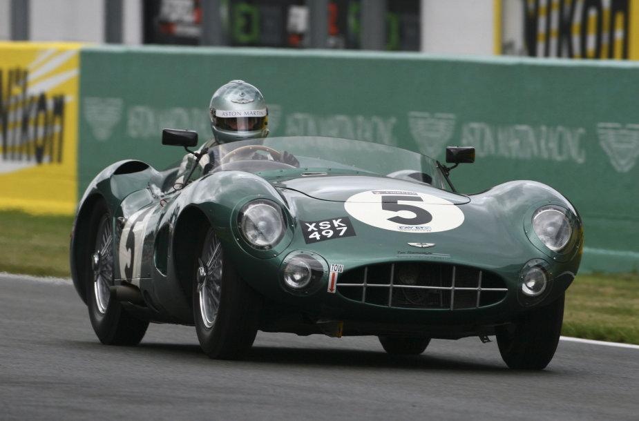 """""""Aston Martin"""" istorija"""