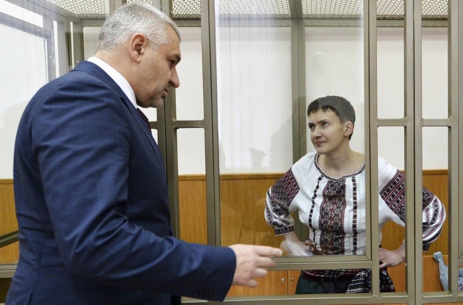 Nadija Savčenko ir jos advokatas Markas Feyginas