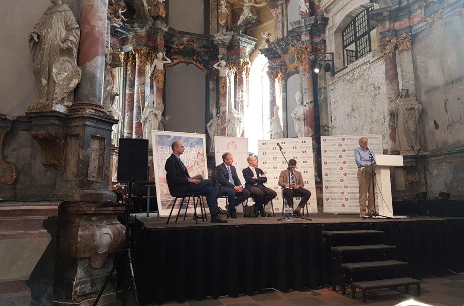 Diskusija Baltarusijos tyrinėtojų kongrese Vilniuje