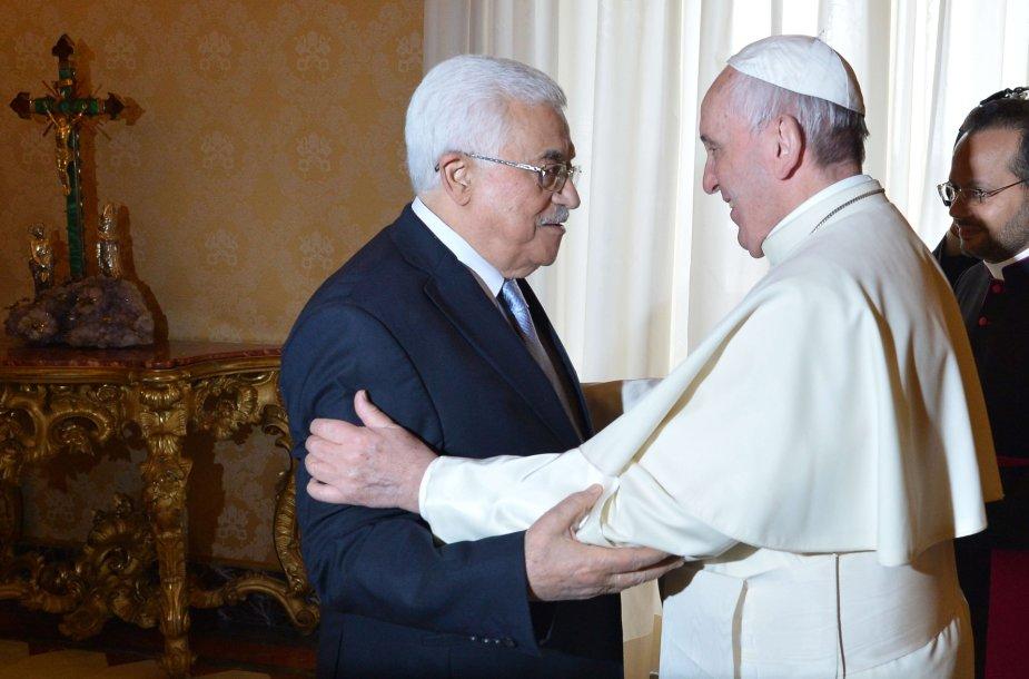 Popiežius Pranciškus susitiko su Mahmudu Abbasu.
