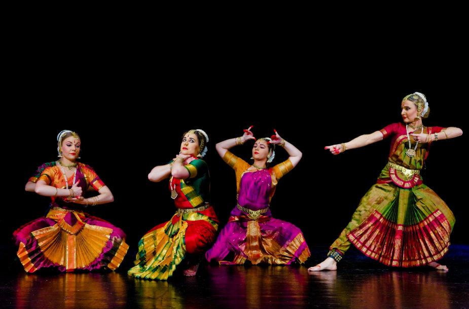 Kasmetinis Indina menų festivalis SurSadhana