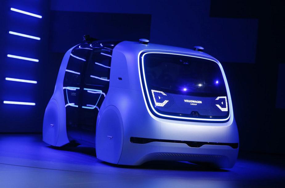 """""""Volkswagen Sedric"""" autonominis automobilis – visiškai be vairo"""