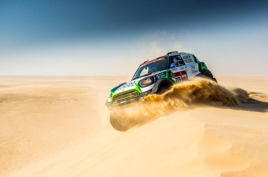 """""""Agrorodeo"""" ekipažas dešimtajame Dakaro ruože"""