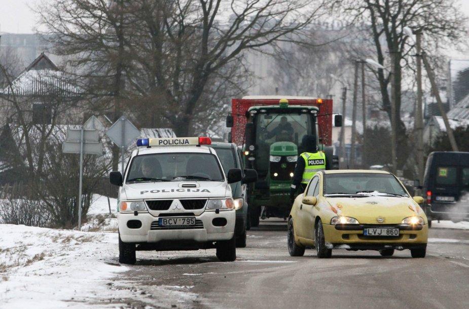 Joniškyje – policijos susišaudymas su nusikaltėliais