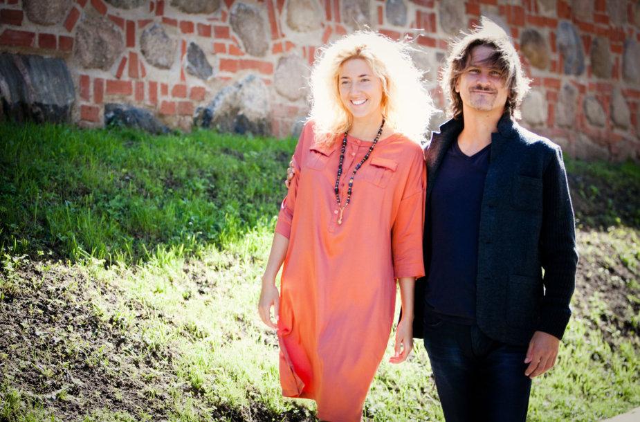Mokytojai Rimvydas Židžiūnas ir Andrė Amiya Pabarčiūtė.