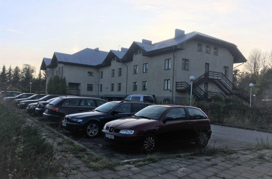 """Vietoje viešbučio """"Parkas"""" Klaipėdoje turėtų atsirasti dar vienas prekybos centras """"Lidl""""."""