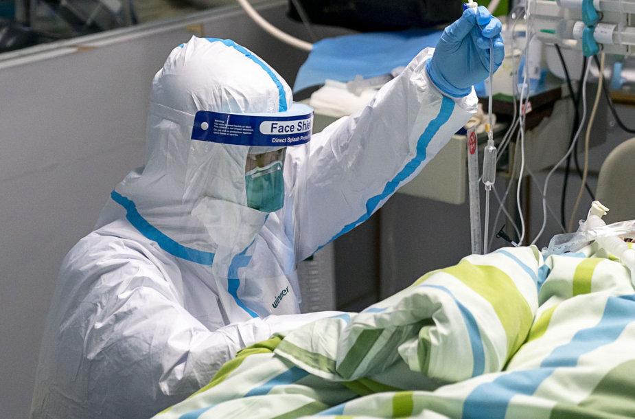 Infekuoto žmogaus gydymas