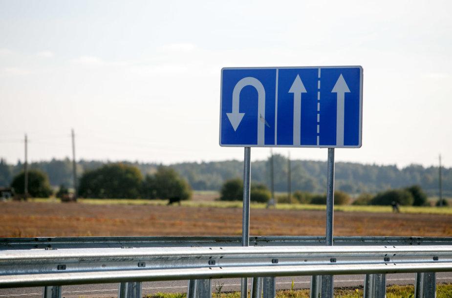 """Apsisukimas ties Stanaičiais """"Via Baltica"""""""