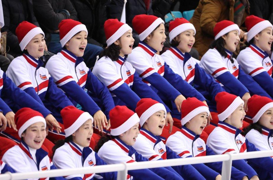 Šiaurės Korėjos sirgalės Pjongčange
