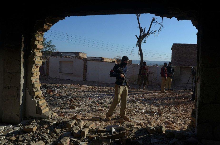Minia Pakistane padegė ir nugriovė vieną hinduistų šventyklą